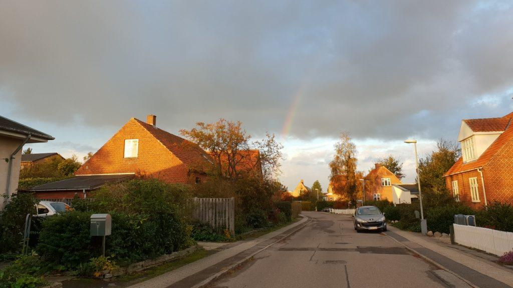 HomeBob rykker ud i dit nabolag for enden af regnbuen