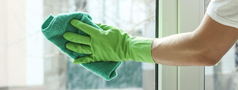 Husk at sørge for indendørs vinduespudsning