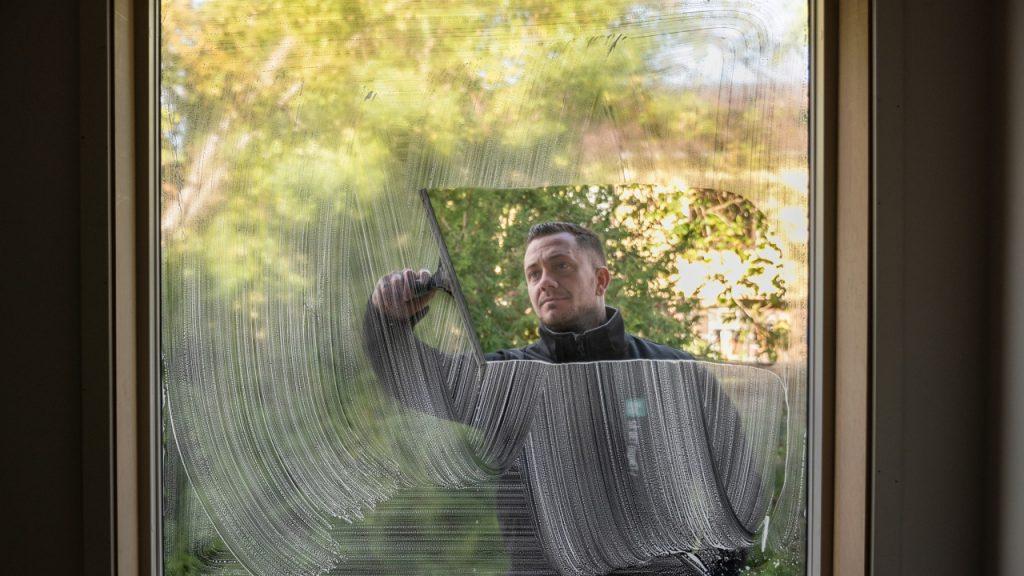 Vinduespolering udendørs er vigtigt at få udført