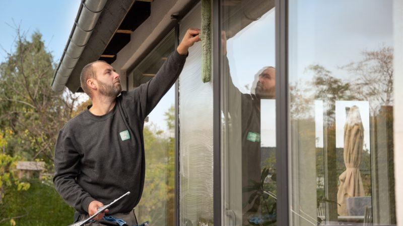 Udendørs vinduespudsning bør pudses oftere