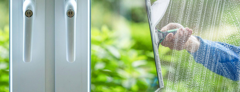 Du kan læse gode råd til tips og tricks til hvordan man pudser vinduer